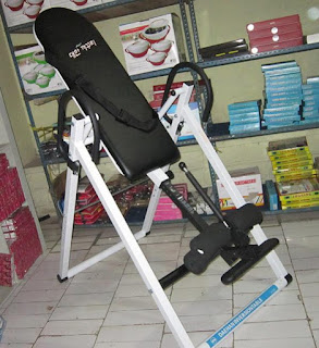 ALAT PENINGGI BADAN CEPAT INVERSION TABLE