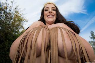 Angela White : Ass, Gas or Grass ## BRAZZERSn6vw2m4km2.jpg