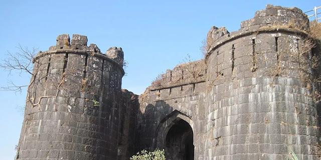 Sinhagad Killa  Romantic Places in Pune