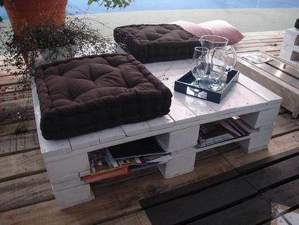 Outdoor Furniture Made With Pallets 8