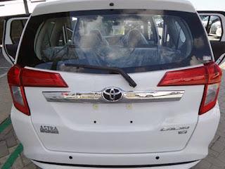 gambar mobil toyota Calya 1