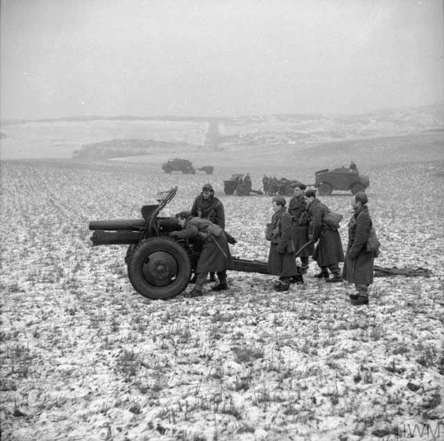 Polish troops using a 4.5-inch howitzer, 15 January 1942 worldwartwo.filminspector.com