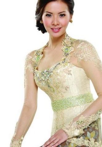 model kebaya pesta batik