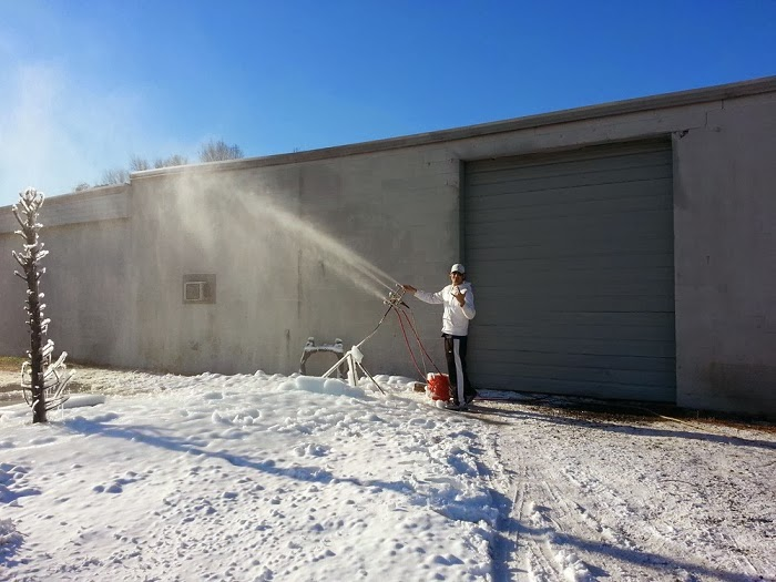 """Last weekend we had some cold weather so I decided to do some testing behind my shop with the 6 nozzle internal mix set-up that a few of the guys at the shop and myself put together."""