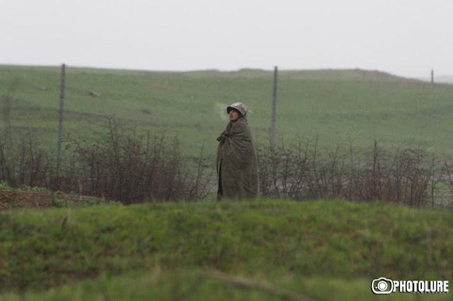 Armenia dice que bajaron las escaramuzas en la línea de contacto