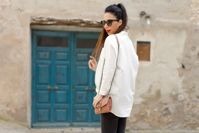 BLogger influecer embarazada de moda de Valencia con ideas para vestir comoda