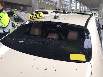 Taxi München Flughafen Sturmschaden Herwart Heckscheibe