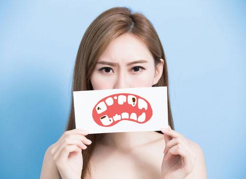 Cara Mengatasi Gigi Berlubang Agar Tidak Komplikasi Dengan 5 Cara