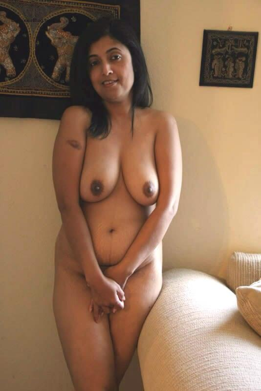 Pretty hot naked women