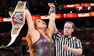 WWE - Becky Lynch asume su segundo legado como campeona de SmackDown en Hell in a Cell