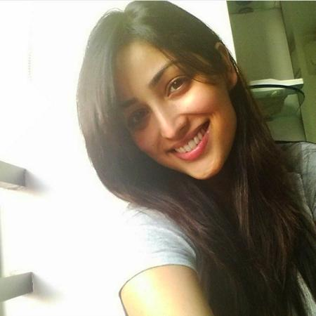 Yami-Gautam-Photo-Without-Makeup