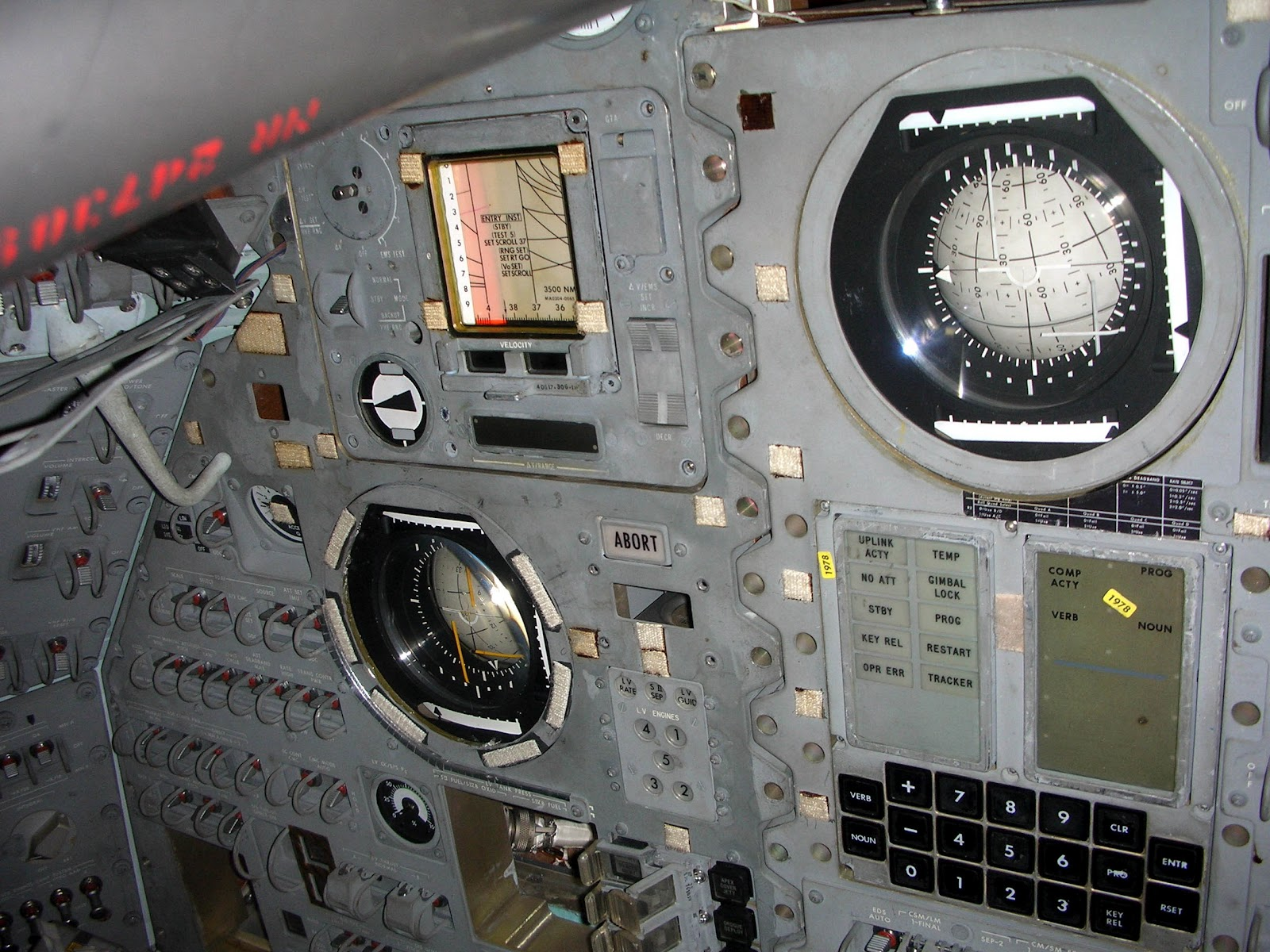 Apollo Command Module Instrument-Panel - Pics about space