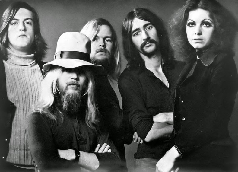 Avengers In Time 1971 Music Earth Amp Fire