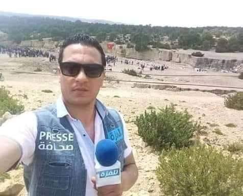 مصور قناة تلفزة تي في يحرق نفسه في ساحة الشهداء