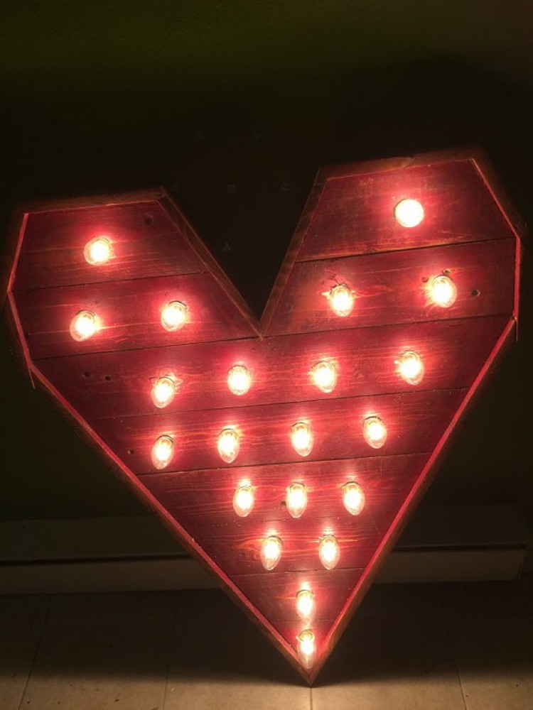 Pallet Valentine S Day Decorating Ideas Do It Yourself