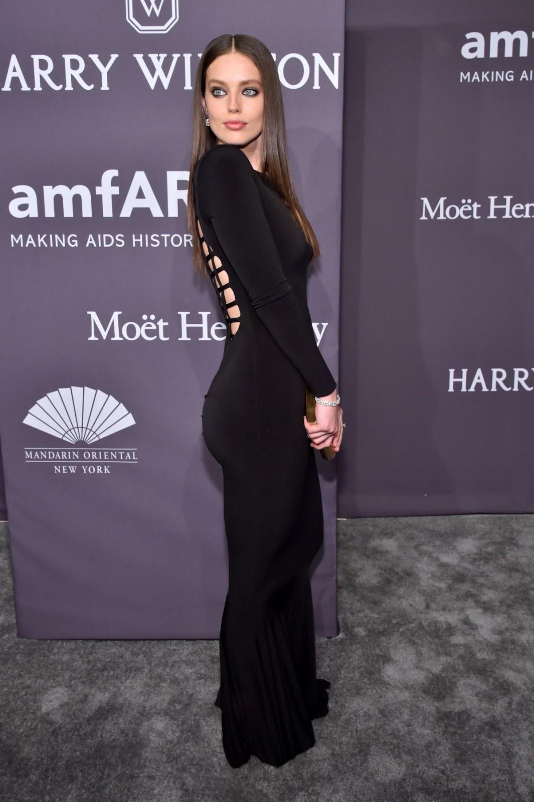 Kim Kardashian's amfAR Gala Gown: Stuns In Gorgeous ...