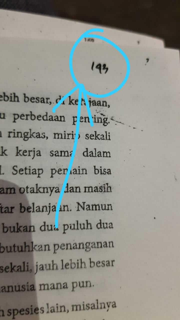 nomor halaman tulis tangan di buku bajakan