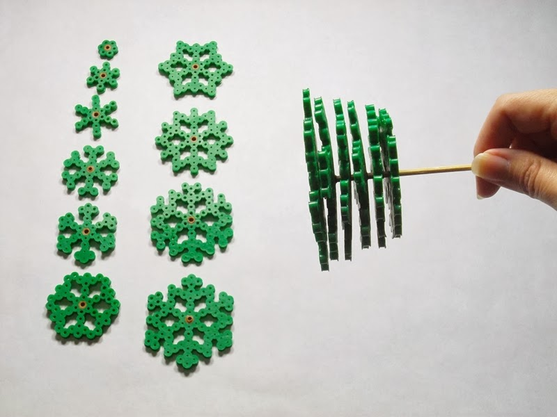Perler Beads: 3-D Christmas Tree
