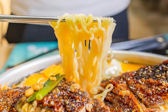 MG 7844 - 熱血採訪│超霸氣砂鍋魚頭部隊鍋登場啦!中科美食O八韓食新潮流,創意大份量韓式料理值得再訪
