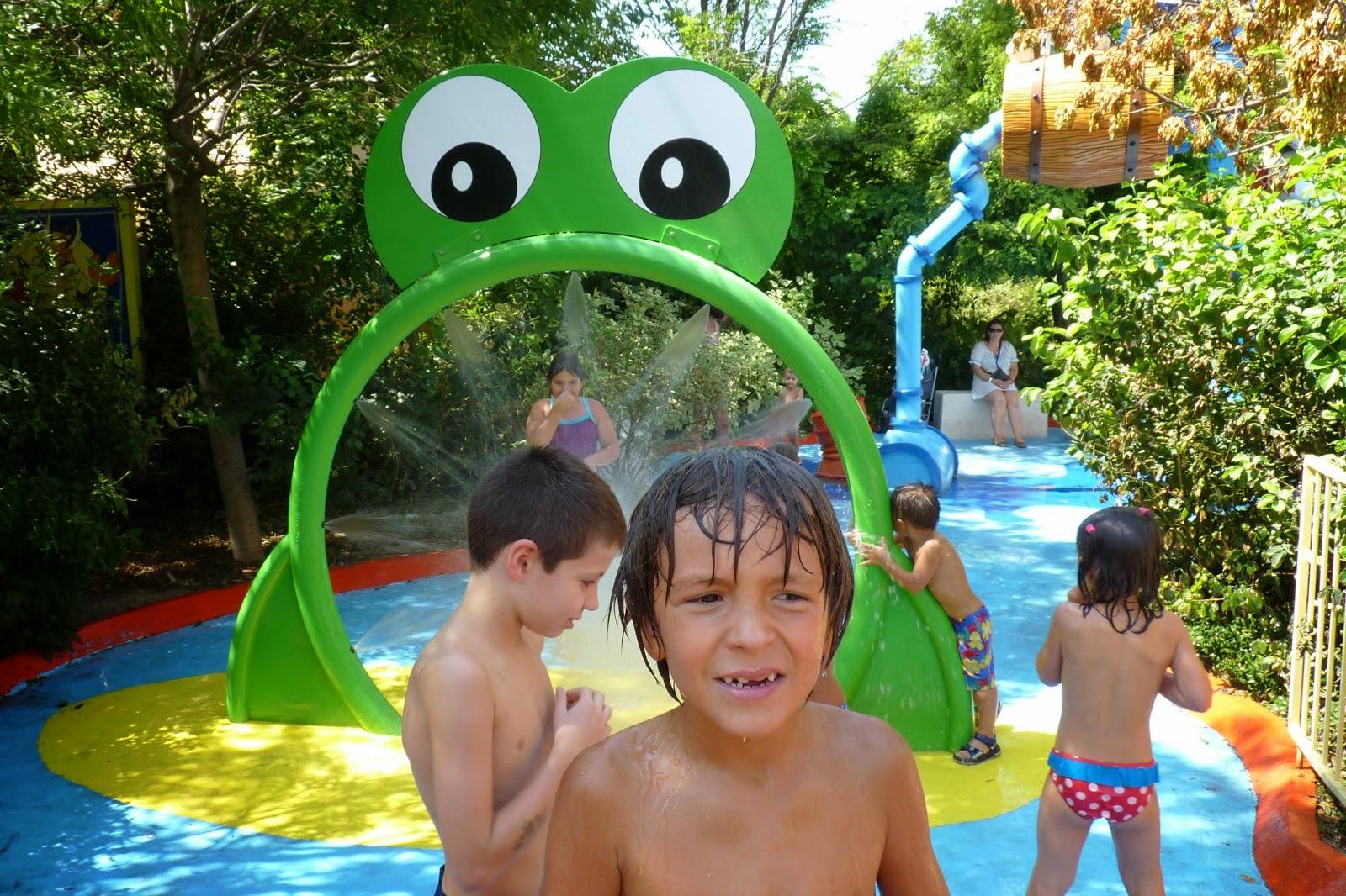 ACME Juegos de Agua.