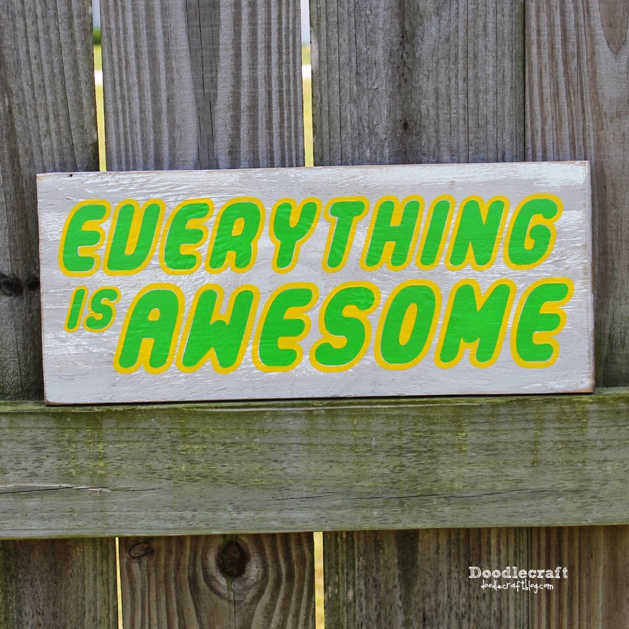 http://www.doodlecraftblog.com/2014/06/everything-is-awesome-burlap-wreath-sign.html