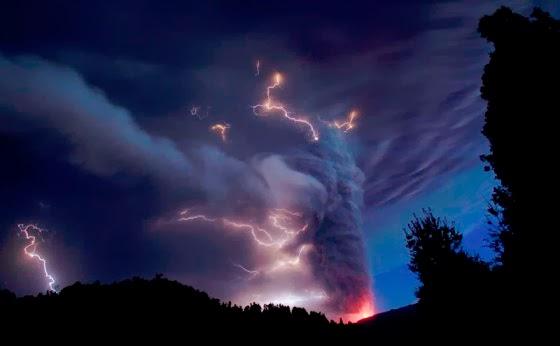 foto gunung kelud