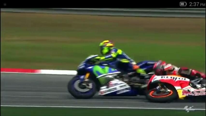 Tercium Indikasi Pembalap Italy akan Bantu Rossi di Valencia