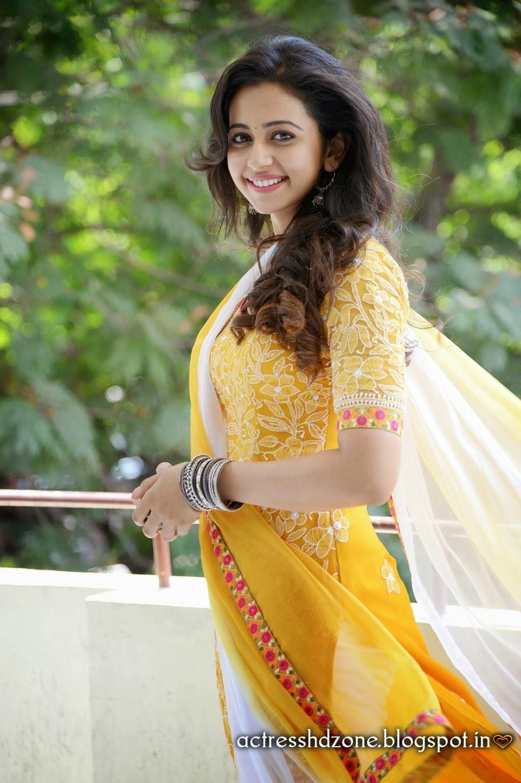South Indian Actress Wallpapers In Hd Rakul Preet Sing Full Hd Wallpapers In Yellow Dress-1001