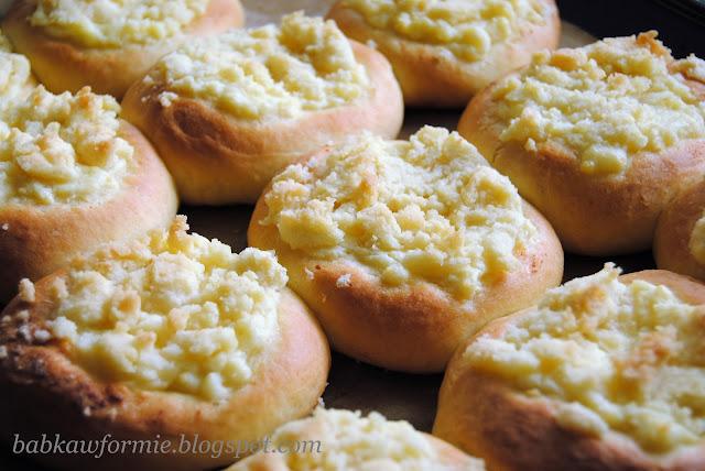 drożdżówki ciastka drożdżowe z białym serem prosty przepis babkawformie.blogspot.com