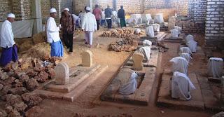 Ungkap Rahasia Buju' Totale, Makam di Tengah Laut