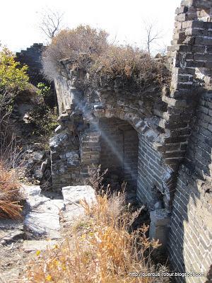 Rayos de luz en la Muralla China
