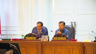 <b>Ratas bersama Gubernur NTB, Presiden Instruksikan Prioritaskan Evakuasi Korban</b>
