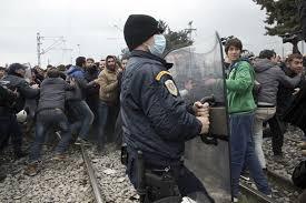 Viele EU-Länder helfen Makedonien bei der Grenzblockade