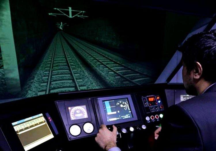Makinist kabini tabiri caizse lokomotifin beynidir, bu kabin olmadan lokomotif hareket edemez.