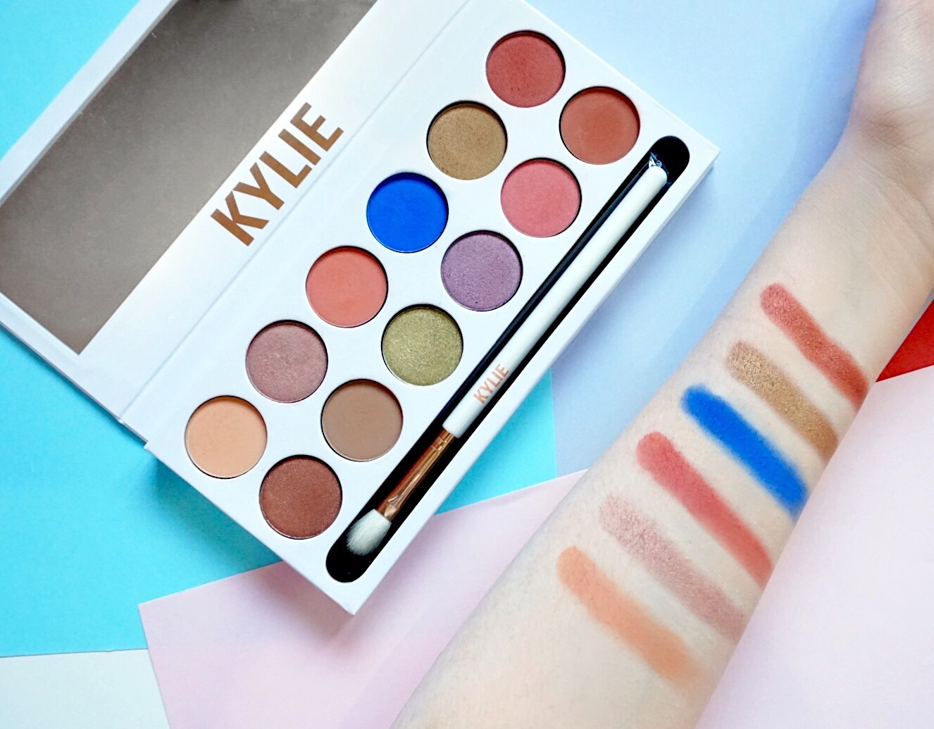 Kylie Cosmetics Royal Peach Palette Swatches