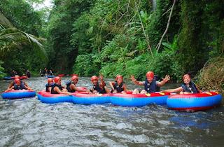 http://www.teluklove.com/2017/02/pesona-keindahan-wisata-river-tubing-di.html