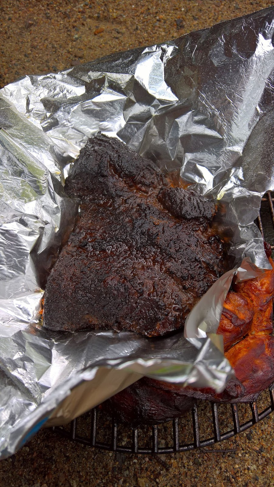 savustettu brisket naudanrinta savustus pikakimchi sushiriisi weber smokey mountain