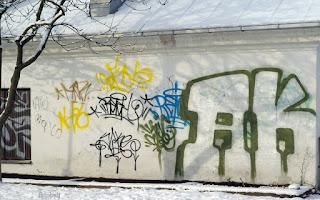 http://fotobabij.blogspot.com/2016/01/graffiti-przy-ulwarynskiego.html