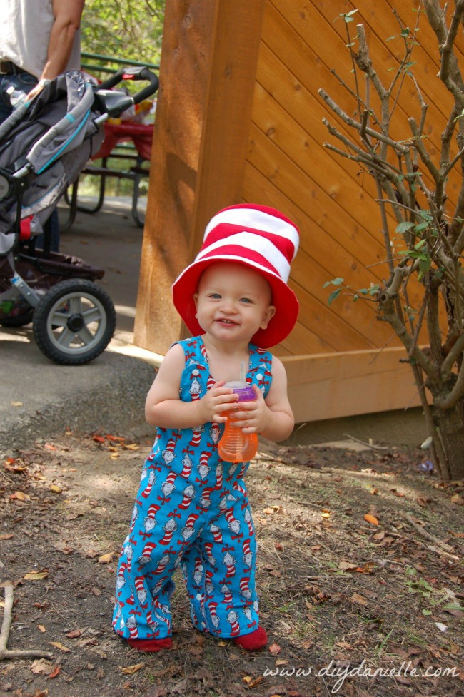 How to sew a Cat in the Hat Romper for a Dr. Seuss Birthday party.