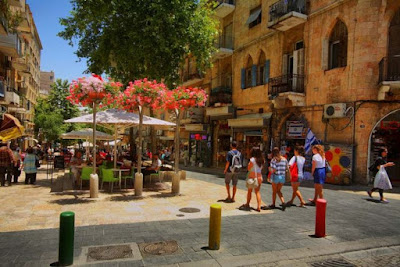 349,000 tourists visited Israel in April