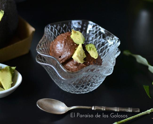 Helado De Aguacate Y Chocolate Sin Azúcar