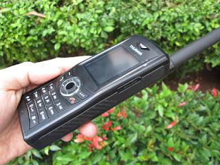 Hape Satelit Thuraya XT Dual Seken Termasuk Perdana Pulsa Thuraya