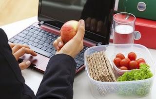 Tips Diet Sehat Untuk Yang Sibuk Bekerja