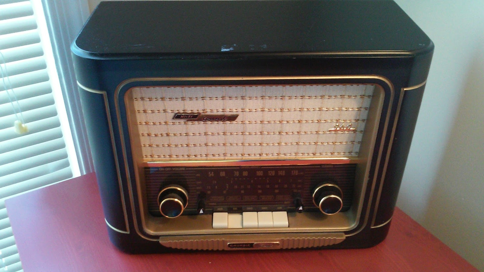 Dirt Cheap Audio Blog: Audio Review: Grundig 960 Classic AM/FM/SW Radio