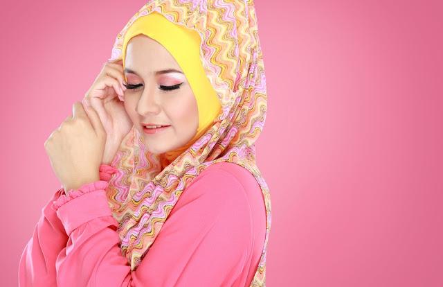 fotografer hijab dari belakang