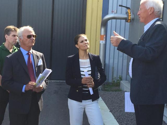 Król Carl Gustav Szwecji i koronę księżniczki Wiktorii Szwecji uczestniczyli w otwarciu elektrowni Oskarshamn w okręgu Kalmar