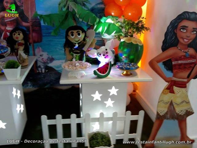 Mesa temática da Moana - Festa de aniversário infantil