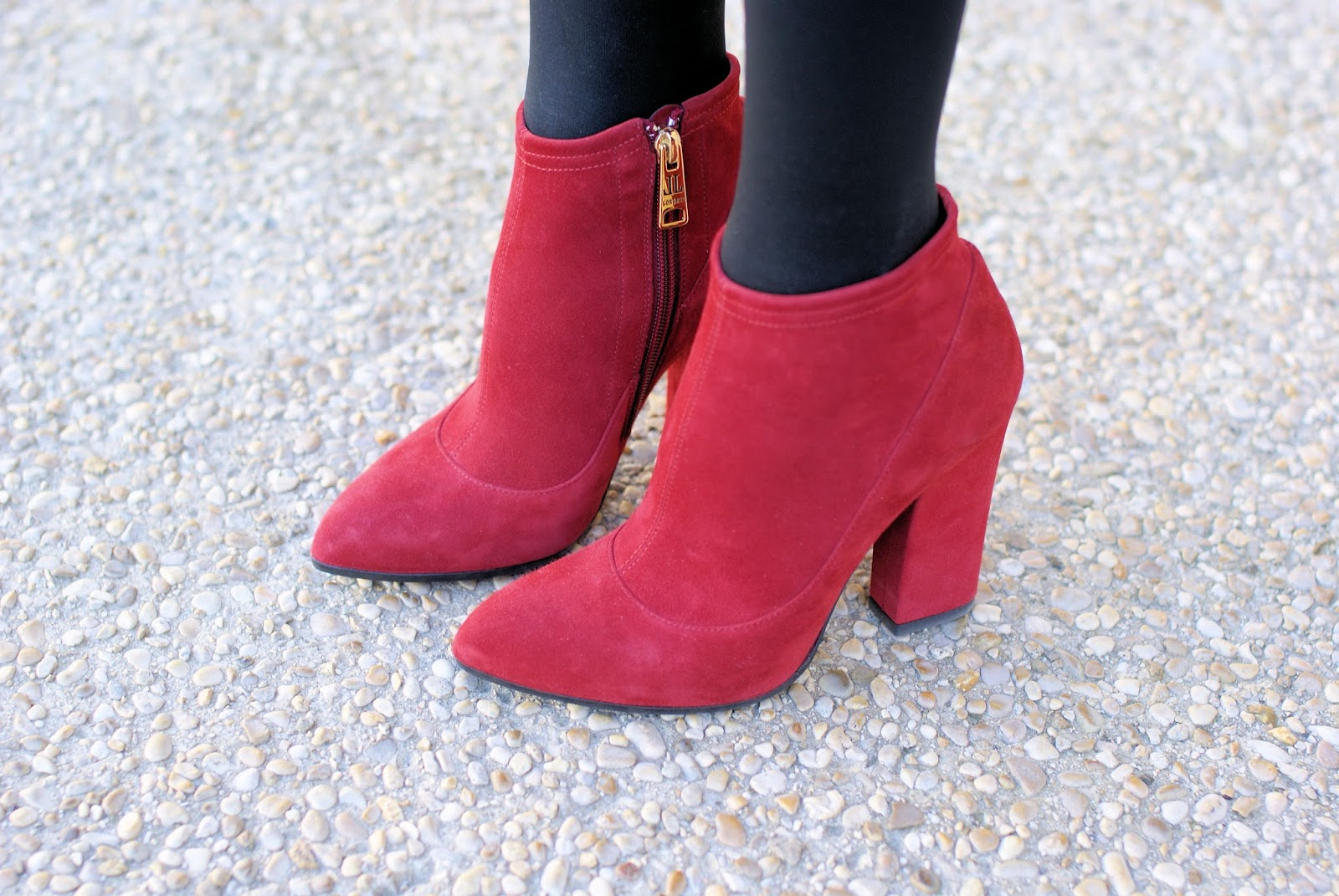 Loriblu heels on Fashion and Cookies fashion blog, fashion blogger style