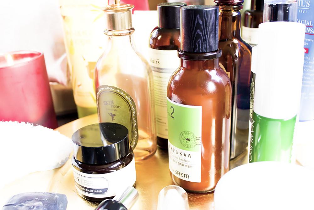 Cómo crear tu propia rutina de cuidado de la piel coreana tónicos y cremas