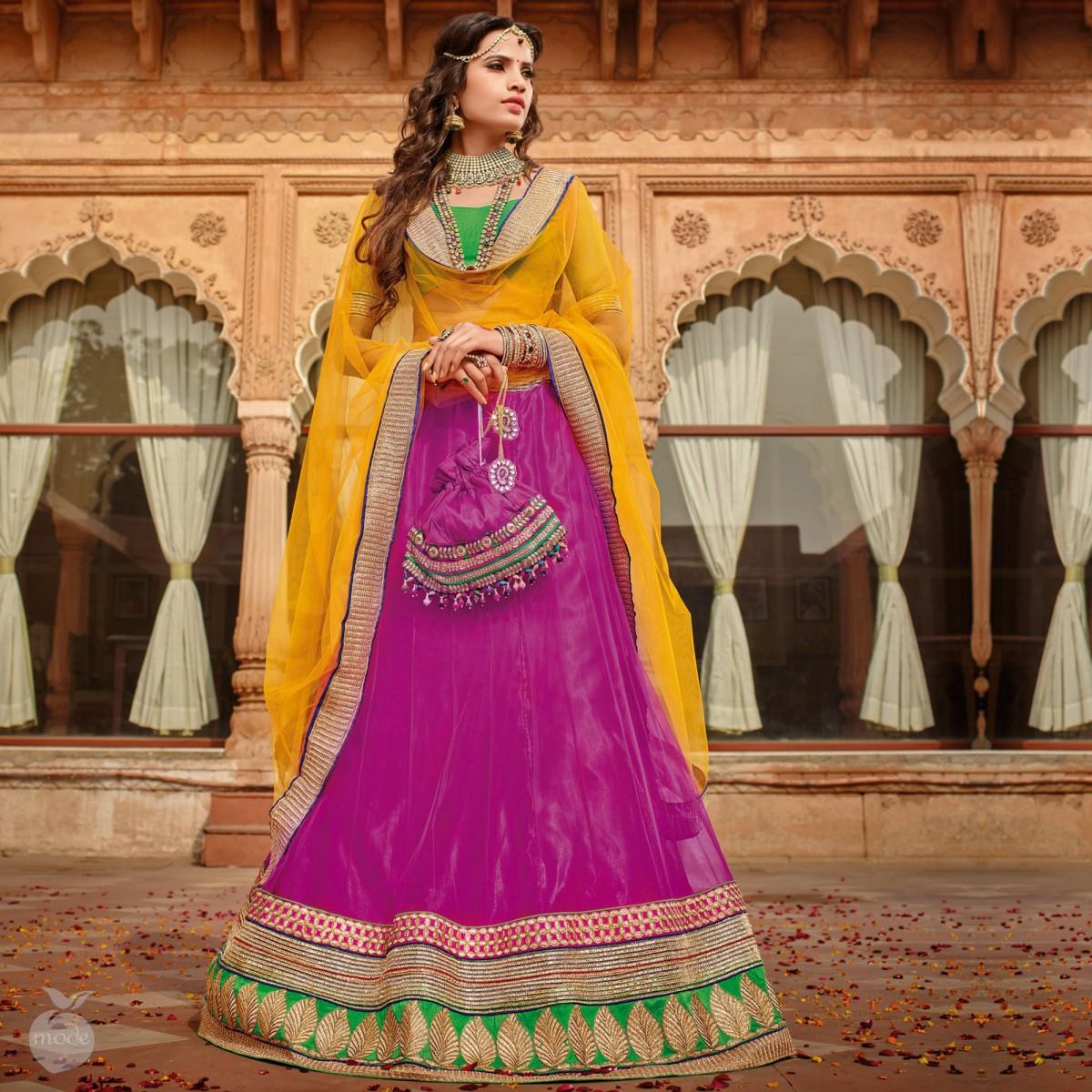 Mehndi Lehenga For Bride : Concepts of best lehenga outfits for mehndi wedding